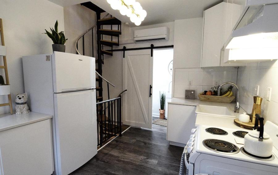 house for sale Rittenhouse Square modern trinity kitchen