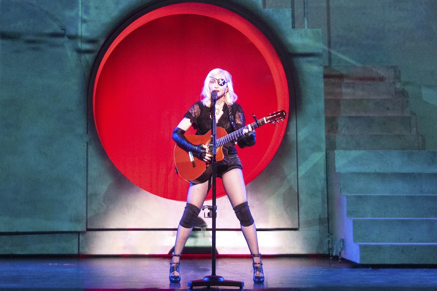 madonna review met philly