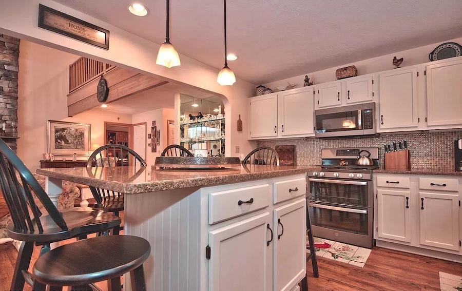 house for sale Pocono Pines Cape Cod kitchen