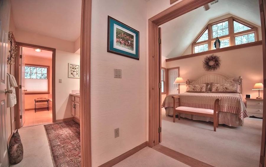 primary suite bedroom