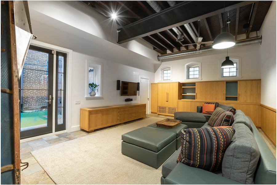house for sale Rittenhouse square converted carriage house family room