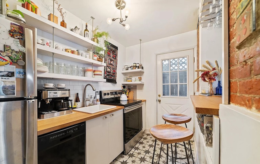 house for sale pennsport extended trinity kitchen