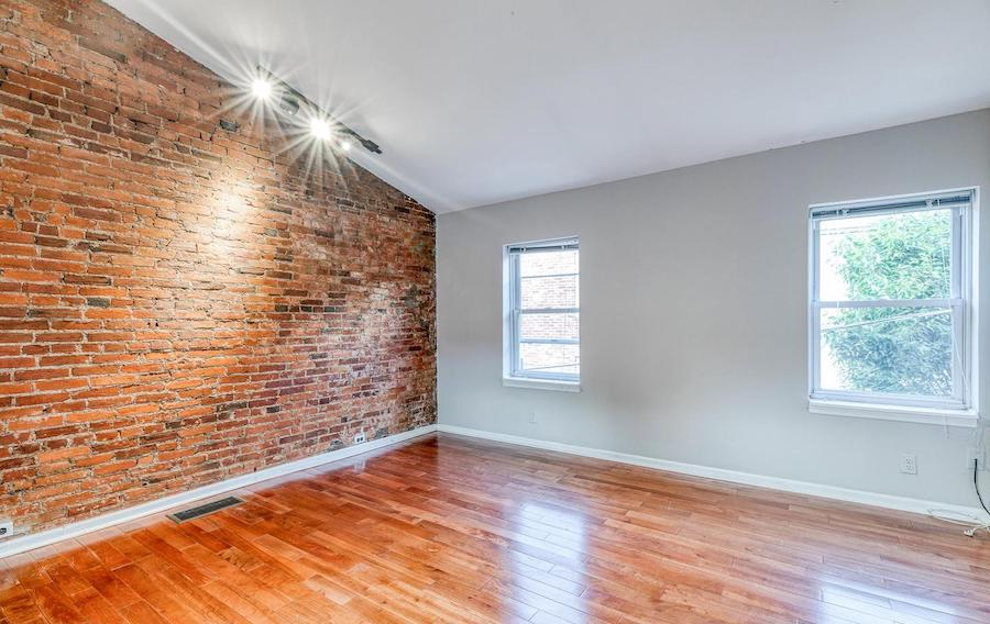 house for sale Rittenhouse renovated trinity primary bedroom