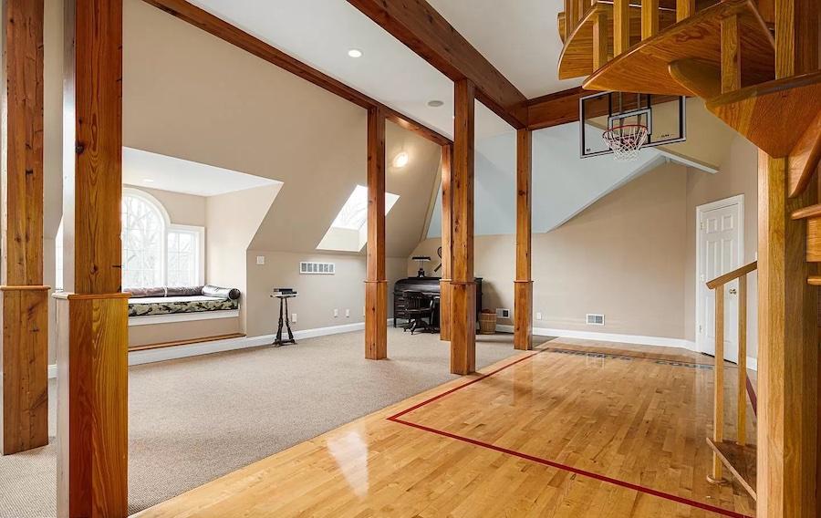 game room basketball court