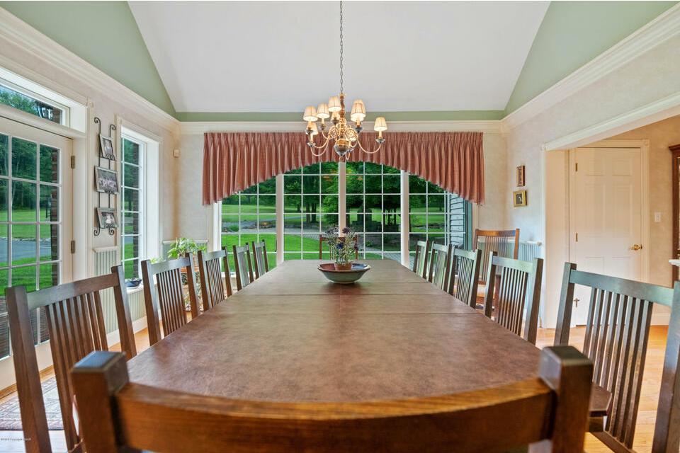 house for sale Stroudsburg estate farmhouse dining area
