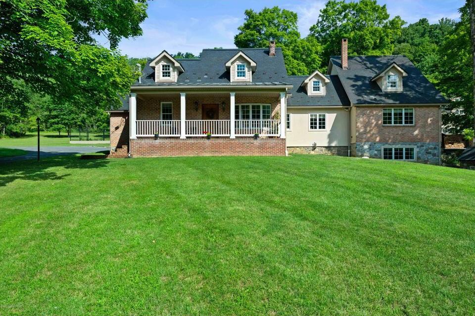 house for sale Stroudsburg estate farmhouse exterior front