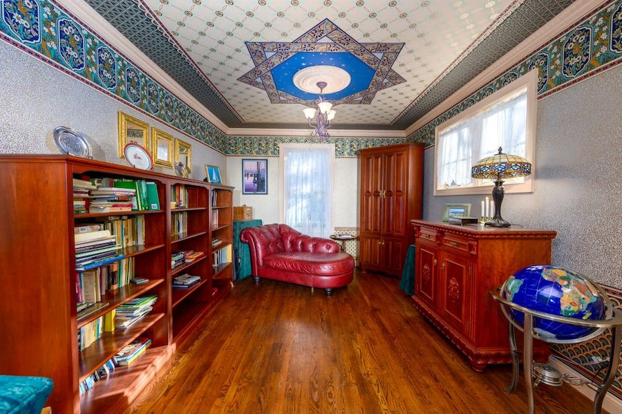 house for sale west chester queen anne library