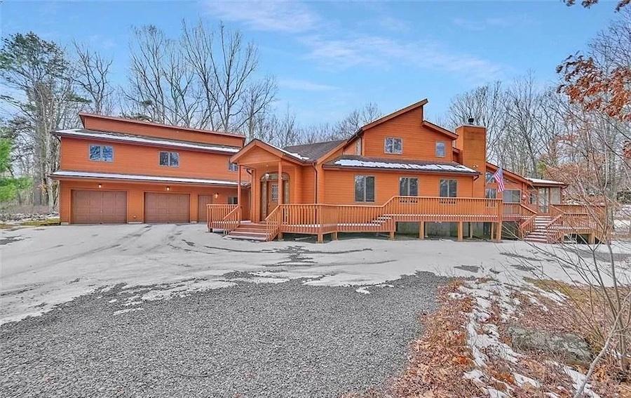 house for sale hemlock farms cedar contemporary exterior front
