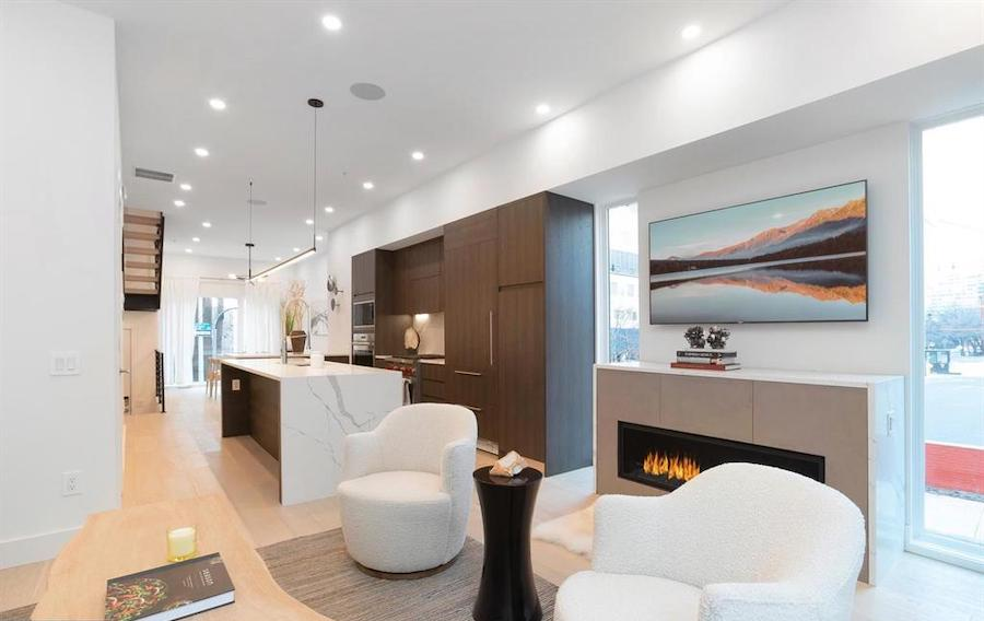 house for sale Logan Square new construction townhouse main floor