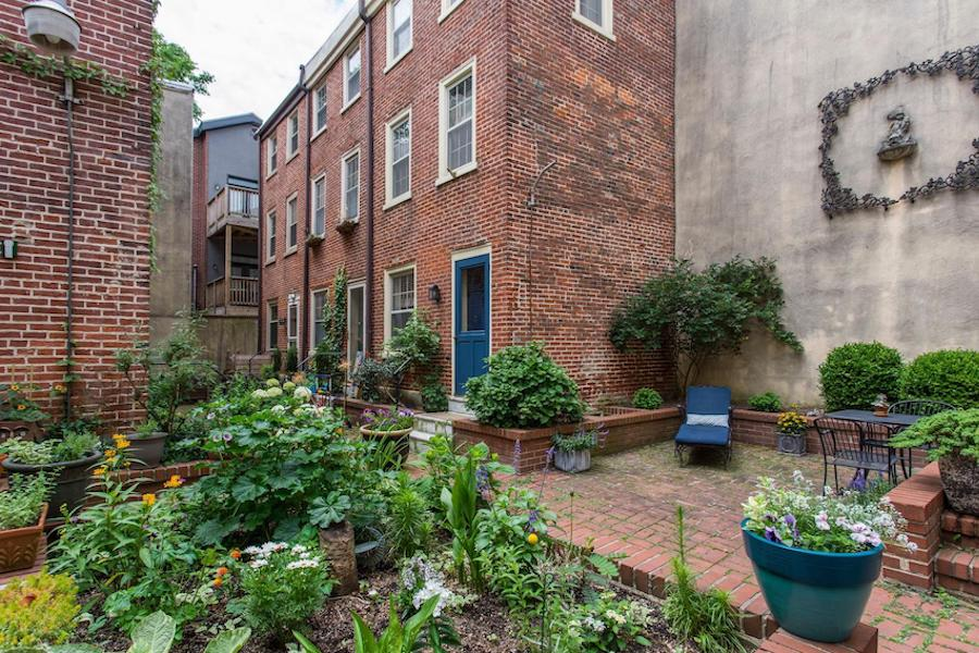 house for sale queen village courtyard trinity exterior