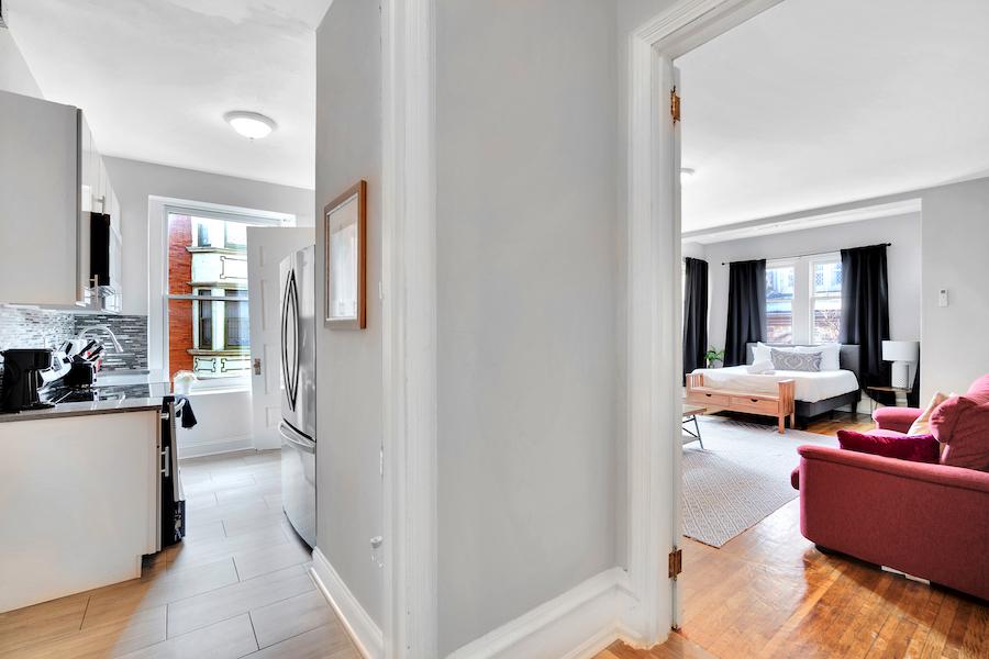 house for sale Frank Furness filter square mansion unit 6 foyer