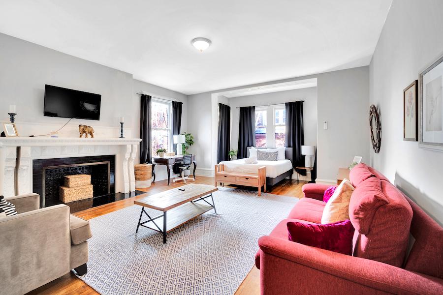 house for sale Frank Furness filter square mansion unit 6 living/bedroom