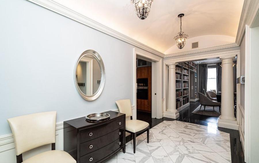 Rittenhouse Square renovated condo for sale foyer