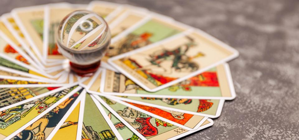 Best Online Tarot Card Reading Sites - 2021 Update - Philadelphia Magazine