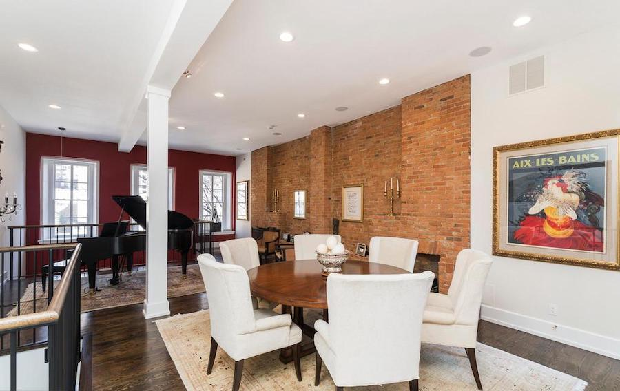 house for sale Rittenhouse renovated townhouse great room
