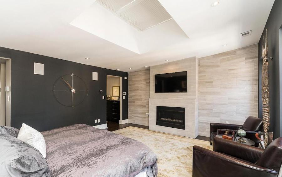 house for sale Rittenhouse renovated townhouse primary bedroom
