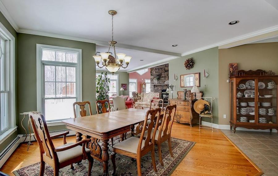 house for sale lake wallenpaupack neotraditional dining room