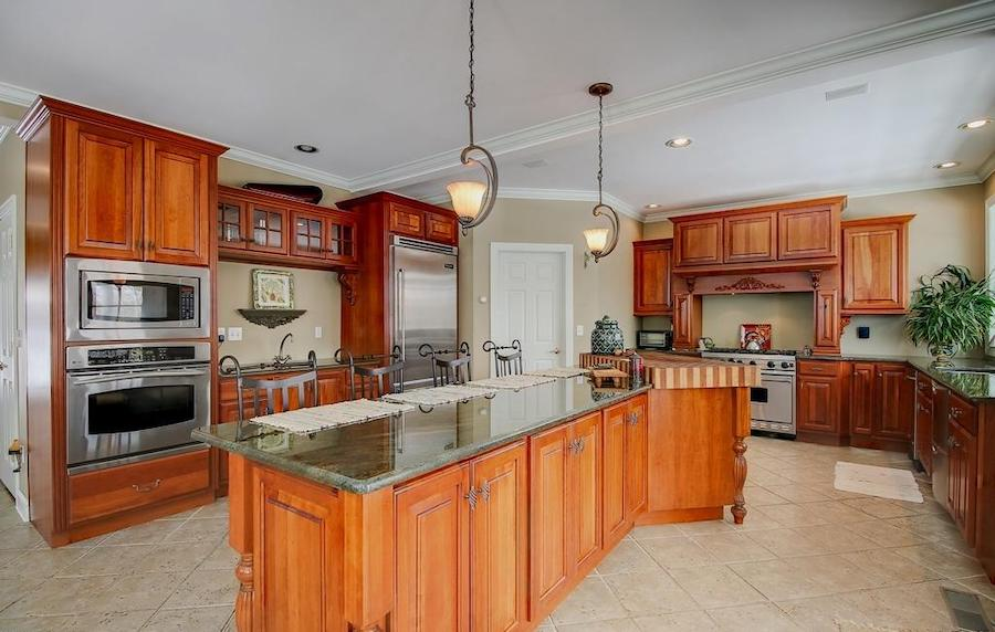 house for sale lake wallenpaupack neotraditional kitchen