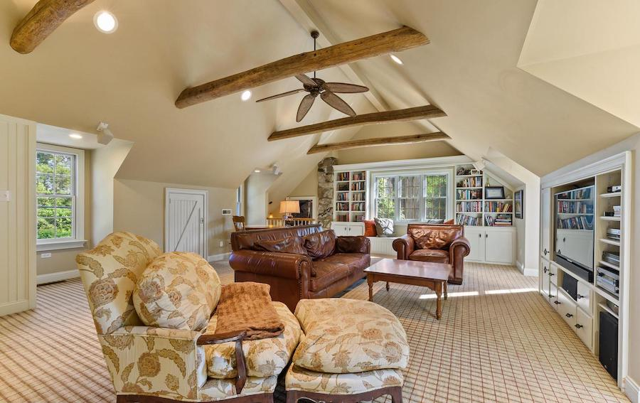 garage family room