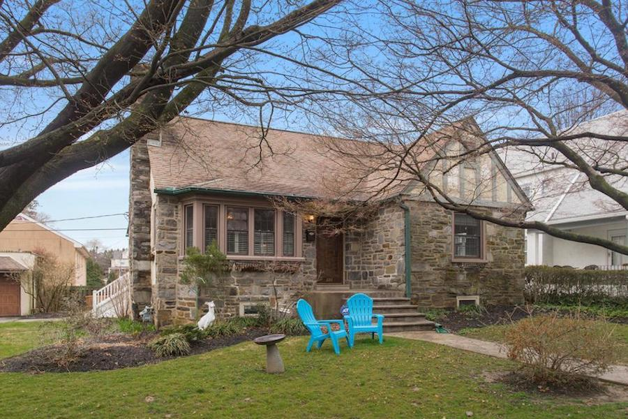 house for sale Narberth expanded cape exterior front