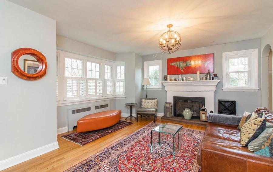 house for sale Narberth expanded cape living room