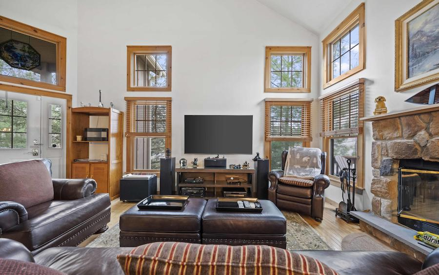 house for sale tannersville contemporary traditional house living room