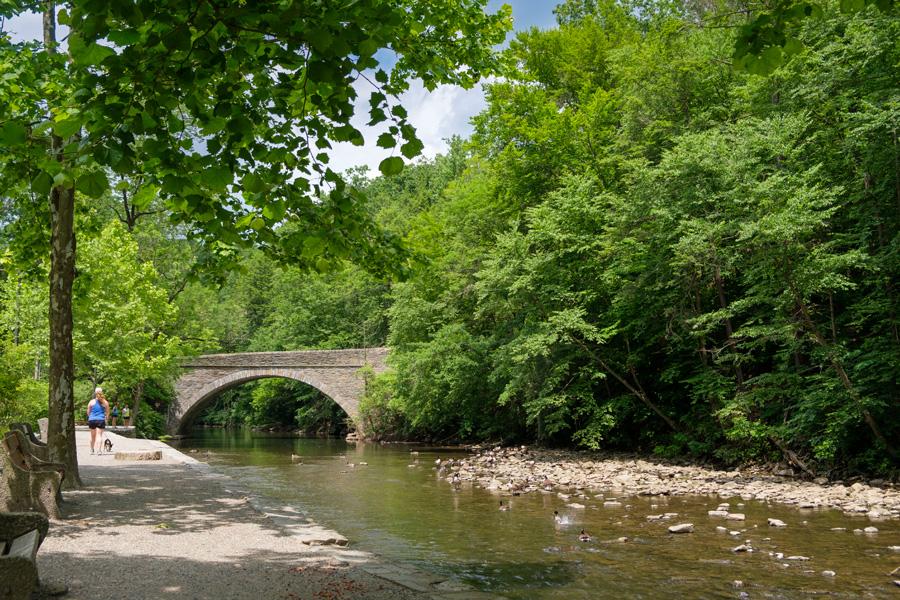 peaceful hikes philadelphia