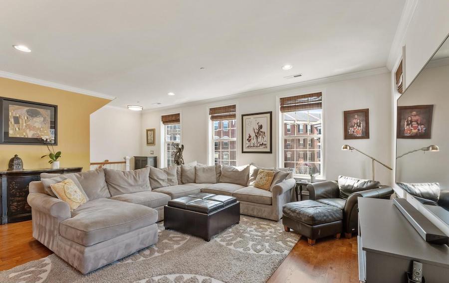 condo for sale graduate hospital naval square condo living room