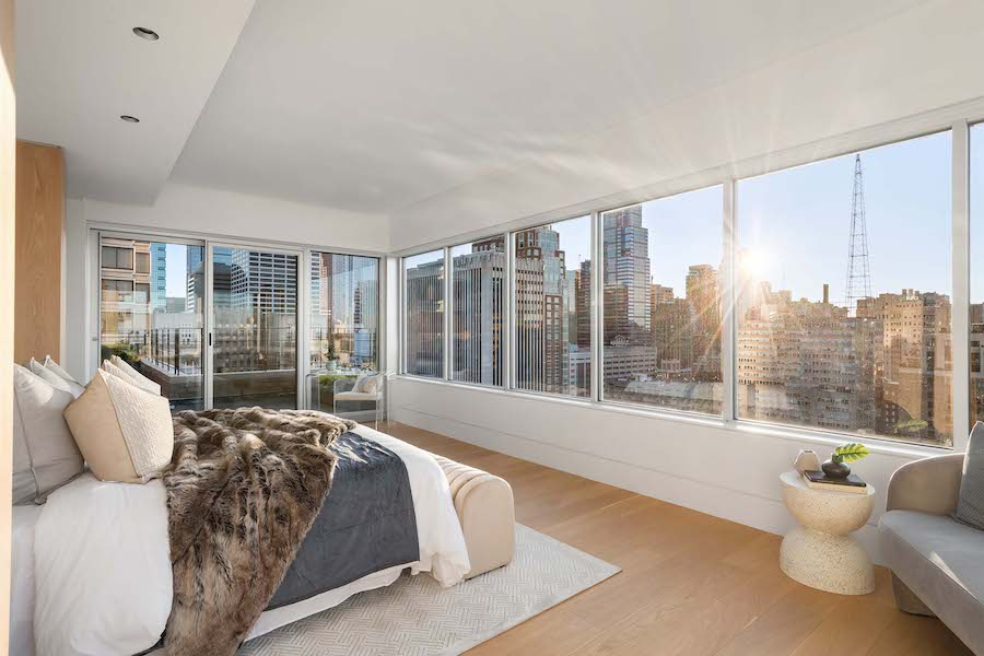 condo for sale Rittenhouse Square penthouse primary bedroom