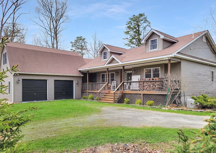 house for sale Hawley modern rustic lodge froint elevation