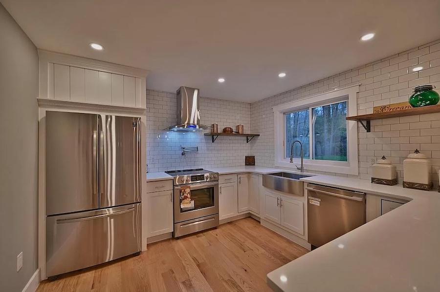 house for sale Lake Naomi rebuilt contemporary kitchen
