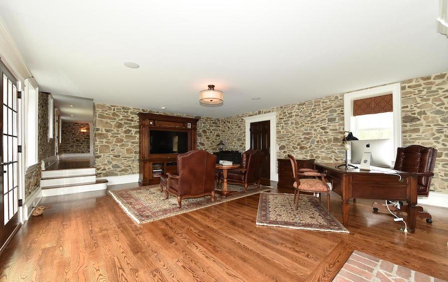 house for sale new hope farmstead living room