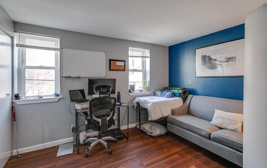 house for sale northern liberties duplex second-floor bedroom