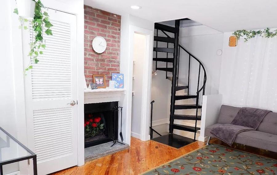 house for sale renovated Bella Vista trinity living room