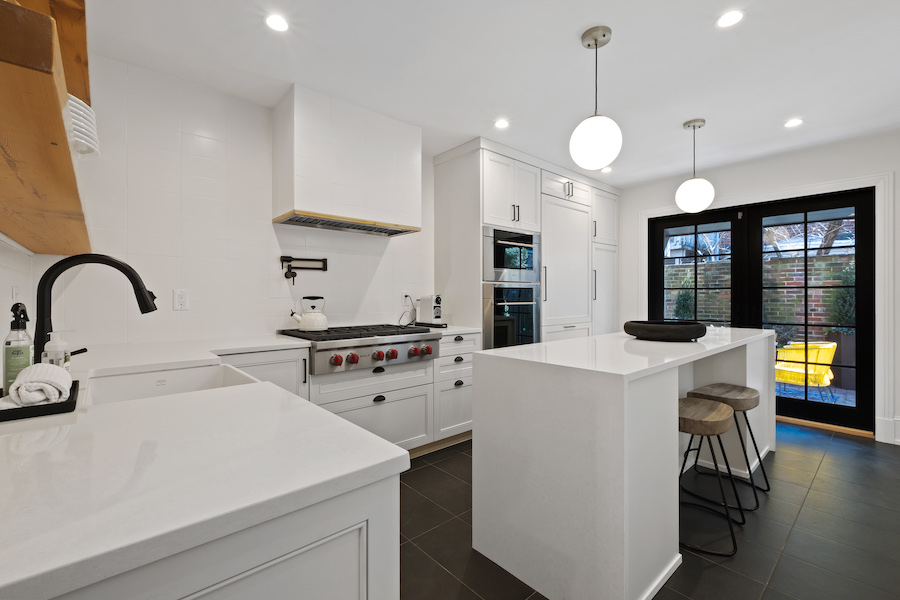 house for sale Rittenhouse Square renovated rowhouse kitchen