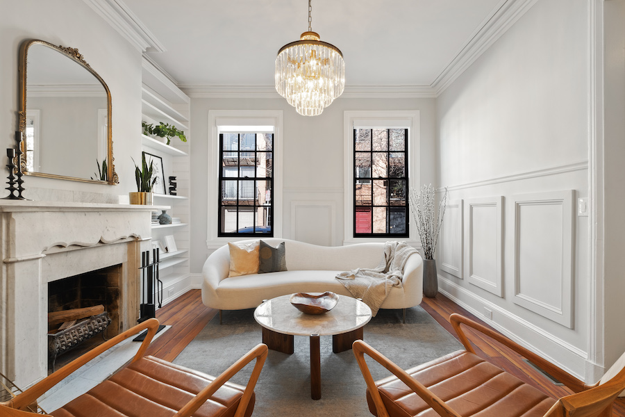 house for sale Rittenhouse Square renovated rowhouse living room