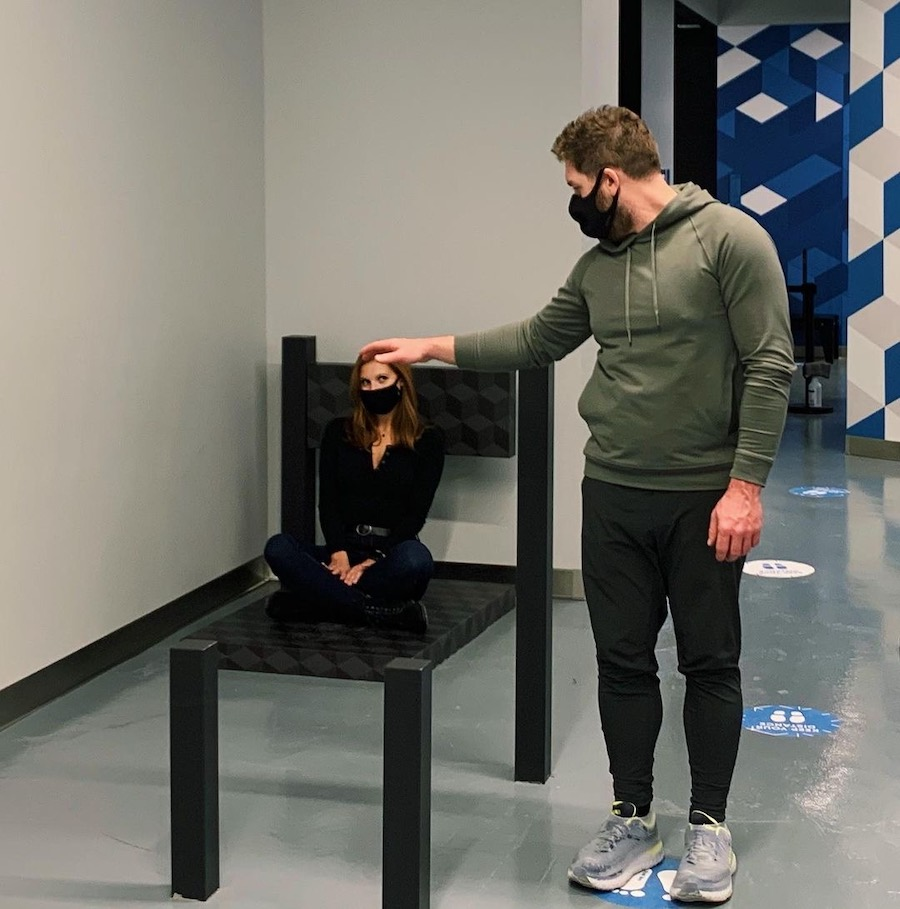 an example of the type of exhibit you will find at the museum of illusions philadelphia