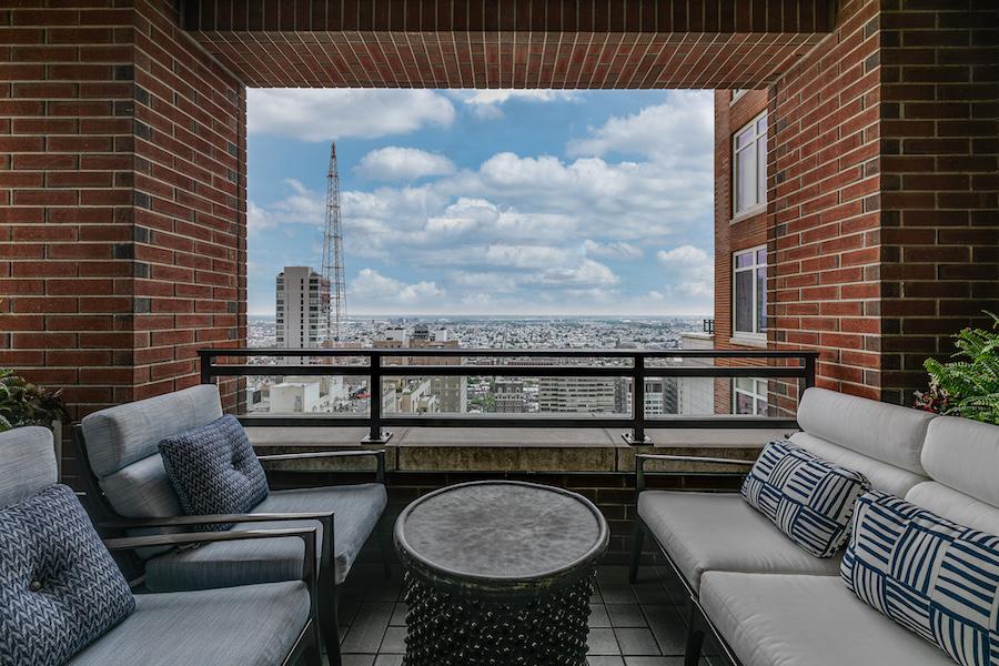 condo for sale 10 Rittenhouse high-floor unit great room terrace