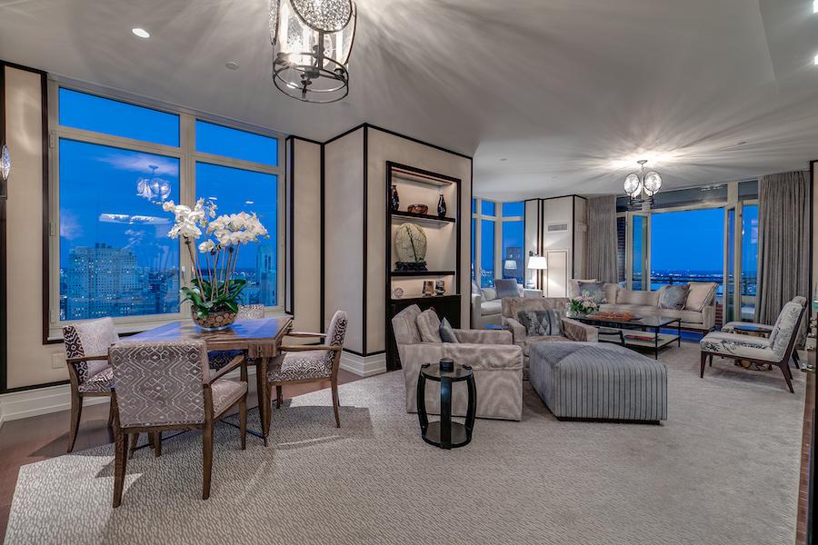 condo for sale 10 Rittenhouse high-floor unit great room