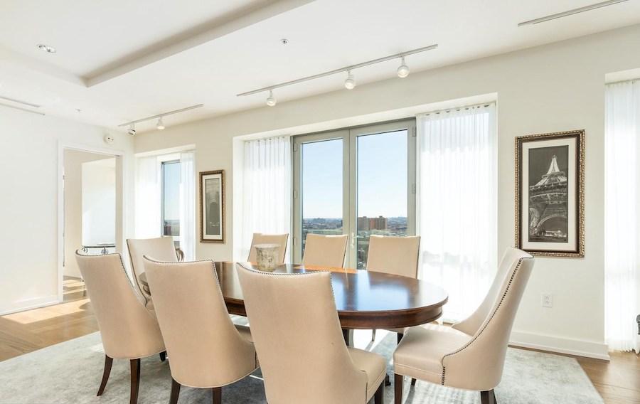 condo for sale 1706 Rittenhouse full-floor dining room