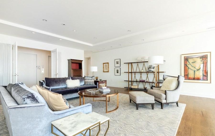 condo for sale 1706 Rittenhouse full-floor living room