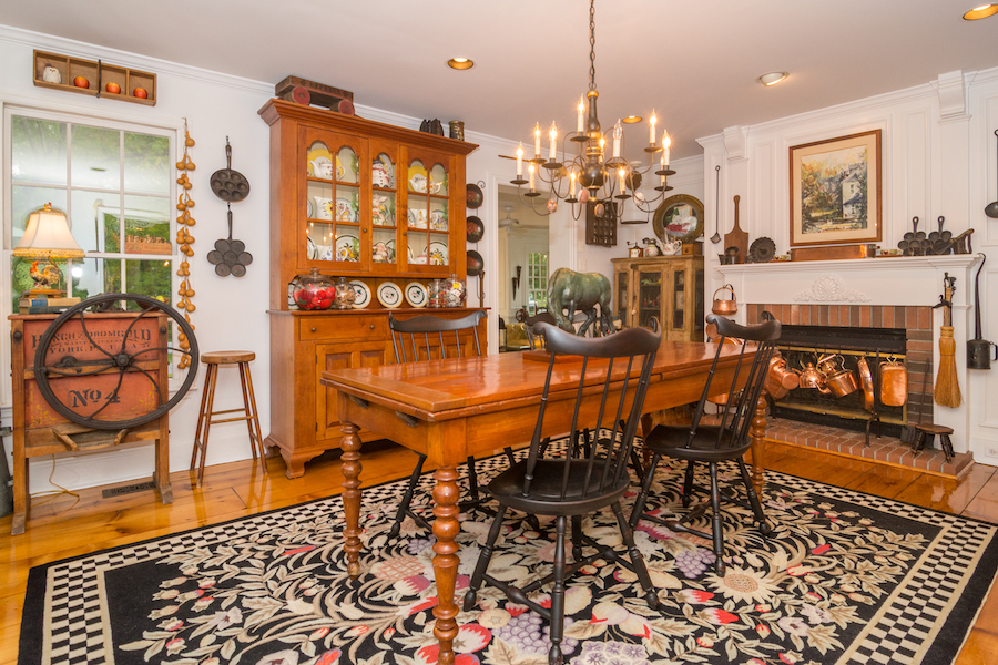 house for sale Blue Bell colonial farmhouse breakfast room