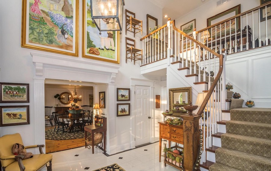 house for sale Blue Bell colonial farmhouse foyer