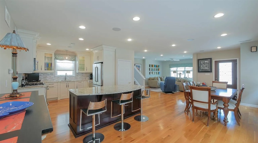 house for sale margate foursquare dining area and kitchen