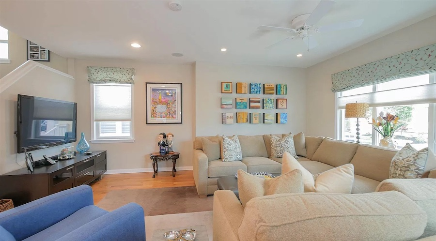 house for sale margate foursquare living room