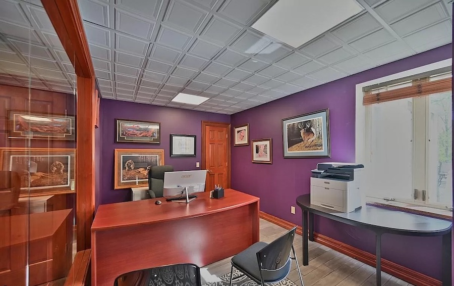 house for sale Mt. Pocono Norman manor home office