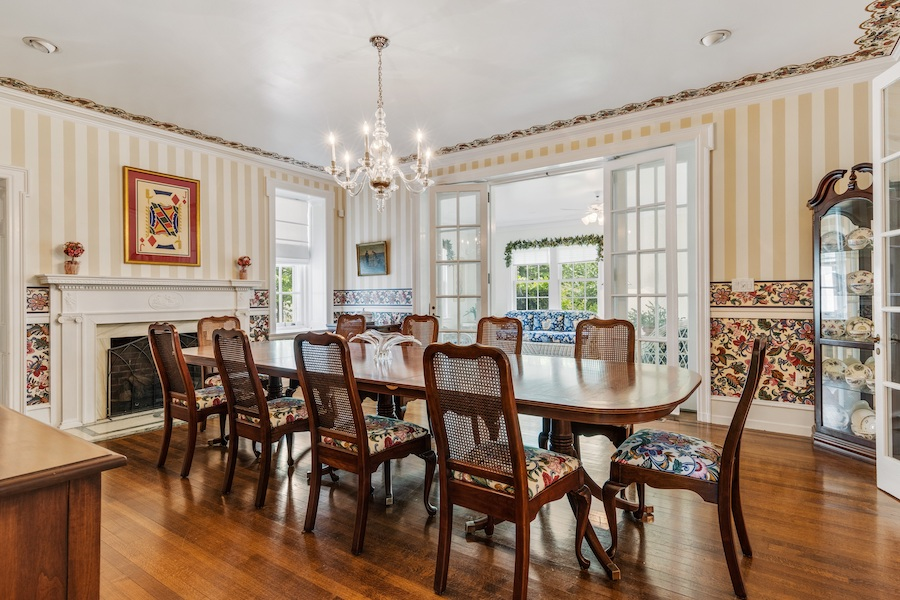 house for sale Horace Trumbauer Wyncote colonial dining room
