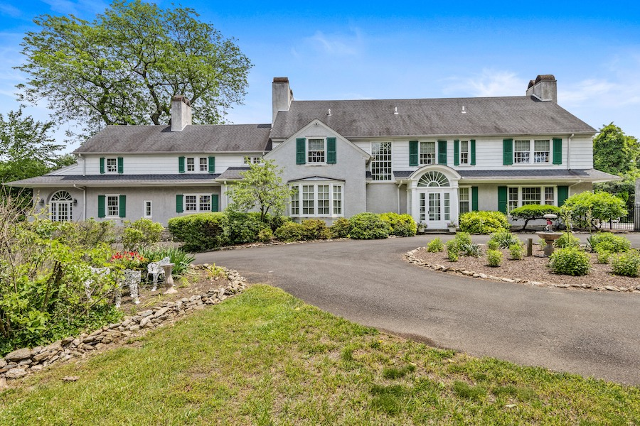 house for sale Horace Trumbauer Wyncote colonial exterior front