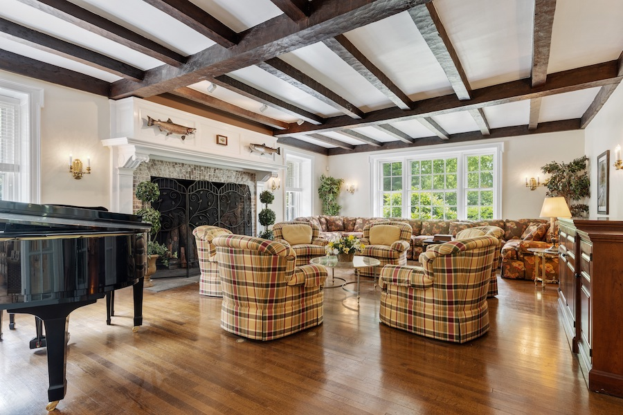 house for sale Horace Trumbauer Wyncote colonial living room