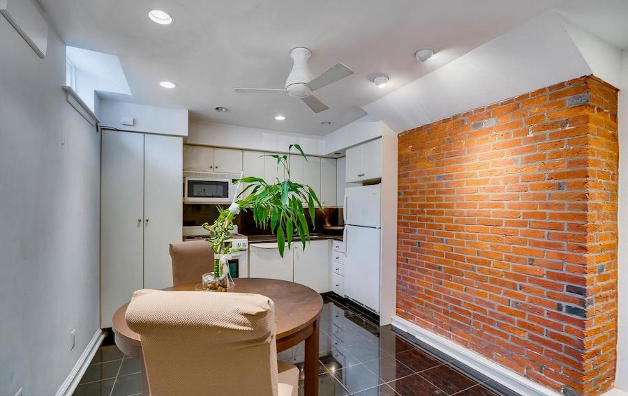 condo for sale wash west Lombard Mews kitchen
